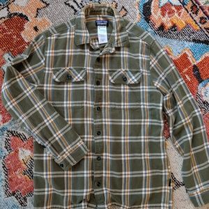Other - Men's Patagonia flannel
